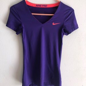 Nike pro top 📍